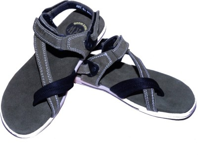 TOPPER SAHEB Men Tan Sandals