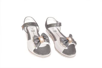 Junior Selection Girls Black Sports Sandals