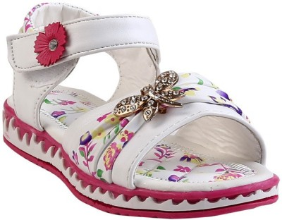 Glinchy Girls White Flats