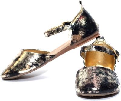 Oh Feet ! Women Black Flats