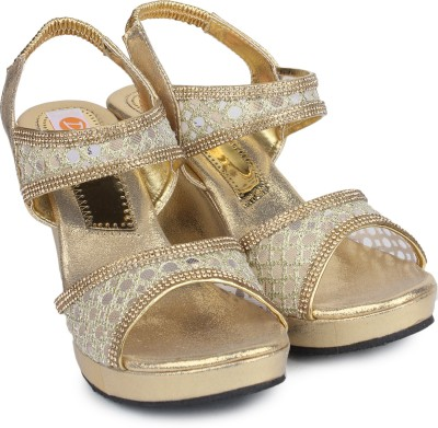 Digni Women Gold Wedges