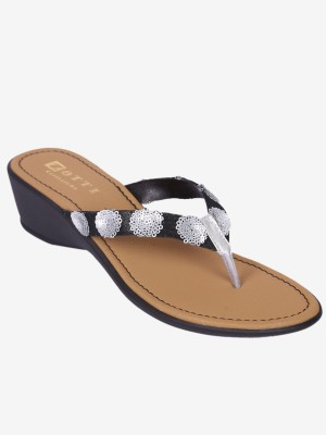 Zotti Women Silver Wedges