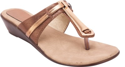 Trotters Women Gold Wedges