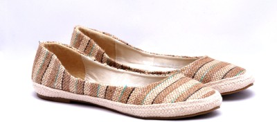 Touristor Cupid Women Beige Flats