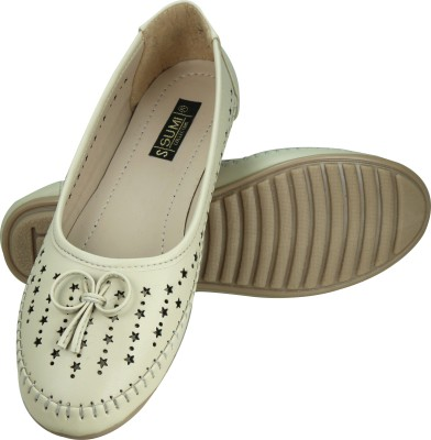 SUMI Collections Girls Beige Flats