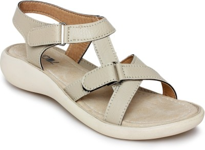 Vendoz Women Natural Flats