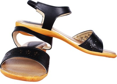 SCANTIA Girls Black Flats