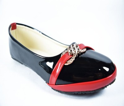 Multi Movin Girls Black Flats