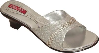 D&D Women Silver Heels