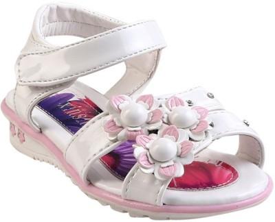 Glinchy Girls White Flats