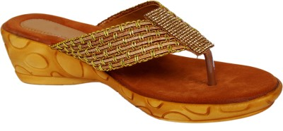 sandhills Women Brown Wedges