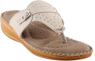 Metrogue Women White, Beige Flats