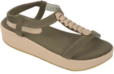 Shuberry Women Olive Wedges