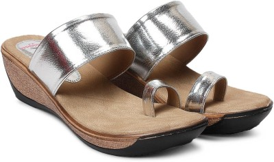Meriggiare Women Silver Wedges