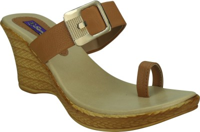 Sandhills Women Beige Wedges