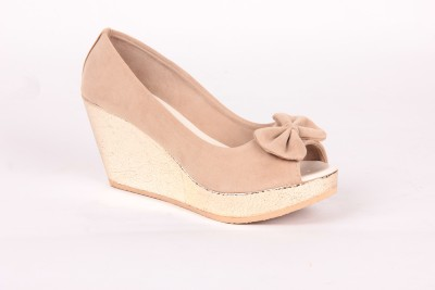 Anand Archies AA-VS-308 Women Beige Wedges