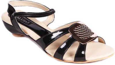 Balujas Women Black Flats