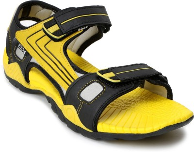 Welcome Men Black, Yellow Sandals