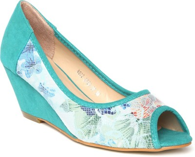 Dressberry Women Green Wedges