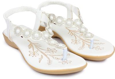 Moonwalk Women White Flats
