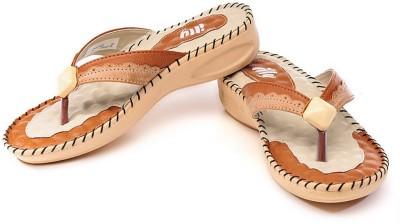 Illy Women Tan Flats