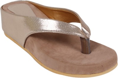 Arial Morris Women Gold Wedges