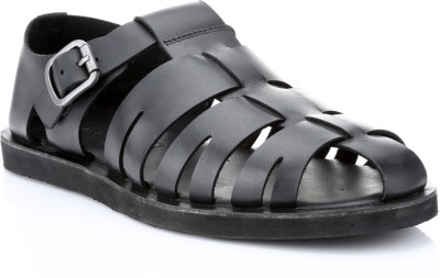 Red Tape Men Black Sandals at flipkart