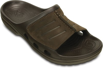 Crocs Men Brown Flats