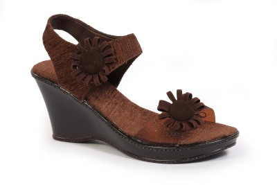 Fabme Women Brown Wedges
