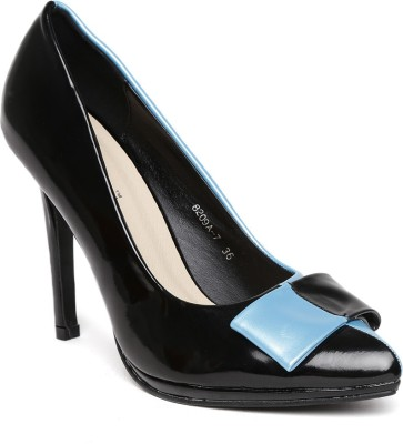 Dressberry Women Black Heels at flipkart