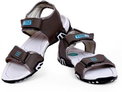 TOUCHWOOD Men Grey Sandals