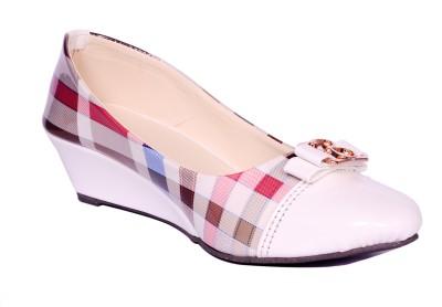 naysaa Women Multicolor Heels