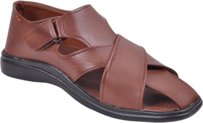 Graceful Men Brown Sandals