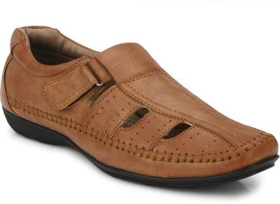 Mactree Men Beige Sandals