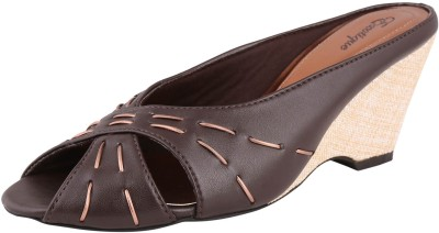 Exotique Women Brown, Gold Wedges