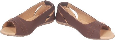 HITANSH INDIA Girls Camel Flats