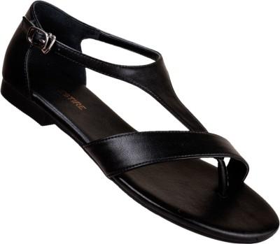 Vestire Women Black Flats