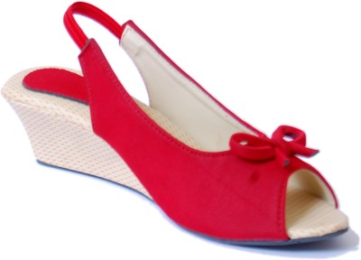 Gizelle Women Red Wedges