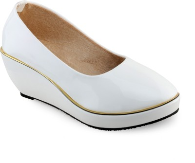Aashka Women White Wedges