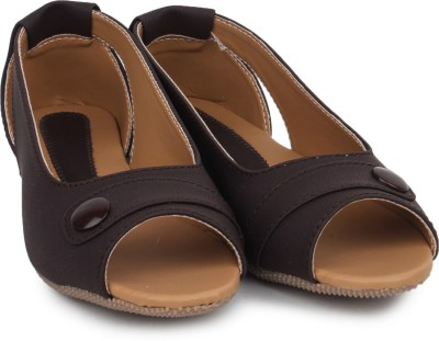 Beonza Women Brown Flats
