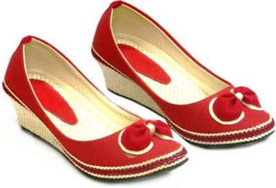 Celebrity Women Red Wedges