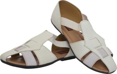 Footsy Women White Flats