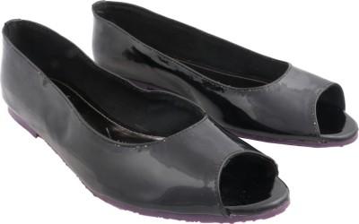 Shoya Designs Women Black Flats