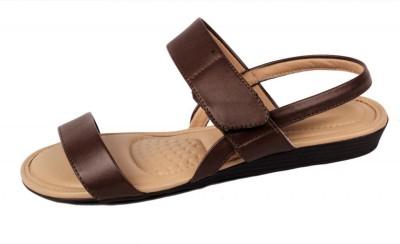 Moda Brasil Women Brown Flats