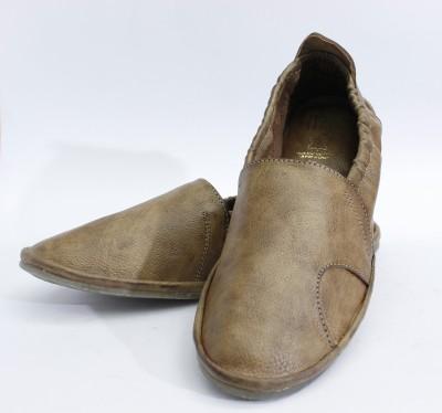 ASHIRWAD Men Beige Sandals