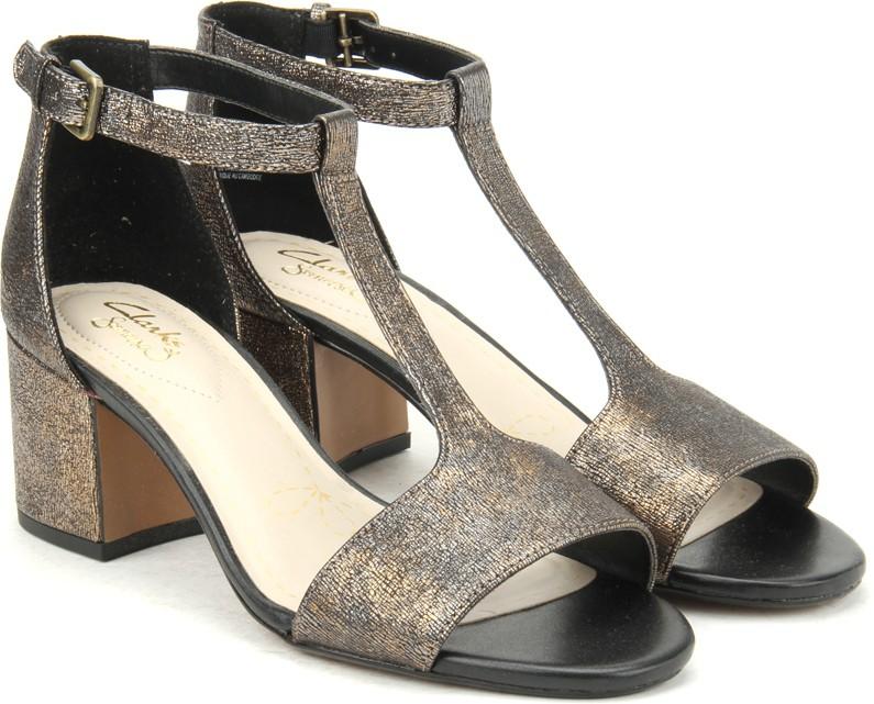 2fedff4acf95fb Clarks Barley Belle Bronze Metallic Women Bronze Metallic Sports Sandals