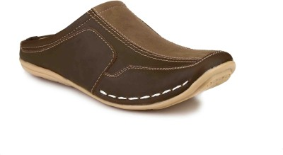 Manav Men Brown Sandals