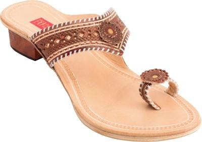 Footrendz Women Brown Heels