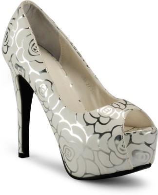 Aqua Women White Heels