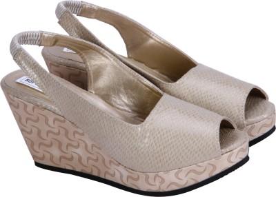Soft & Sleek Girls Beige Sandals